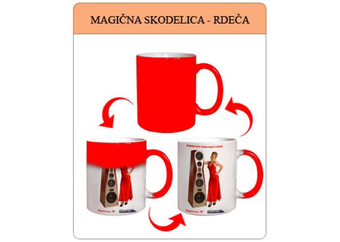 Rdeča magična skodelica z vašo fotografijo